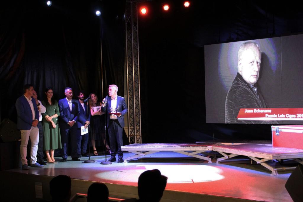 Carlos Hipólito y Representantes de Mancomunidad de Islantilla durante el Homenaje